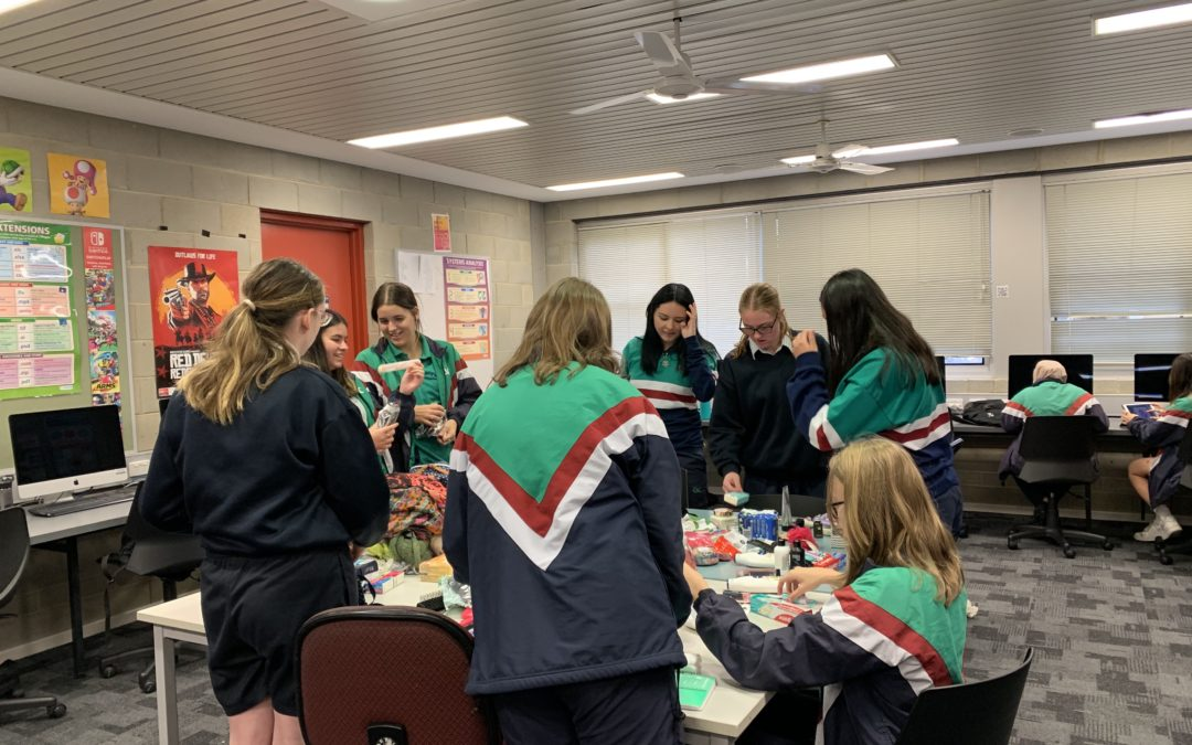 Year 11 Children, Family & Community Give Back to Those in Need